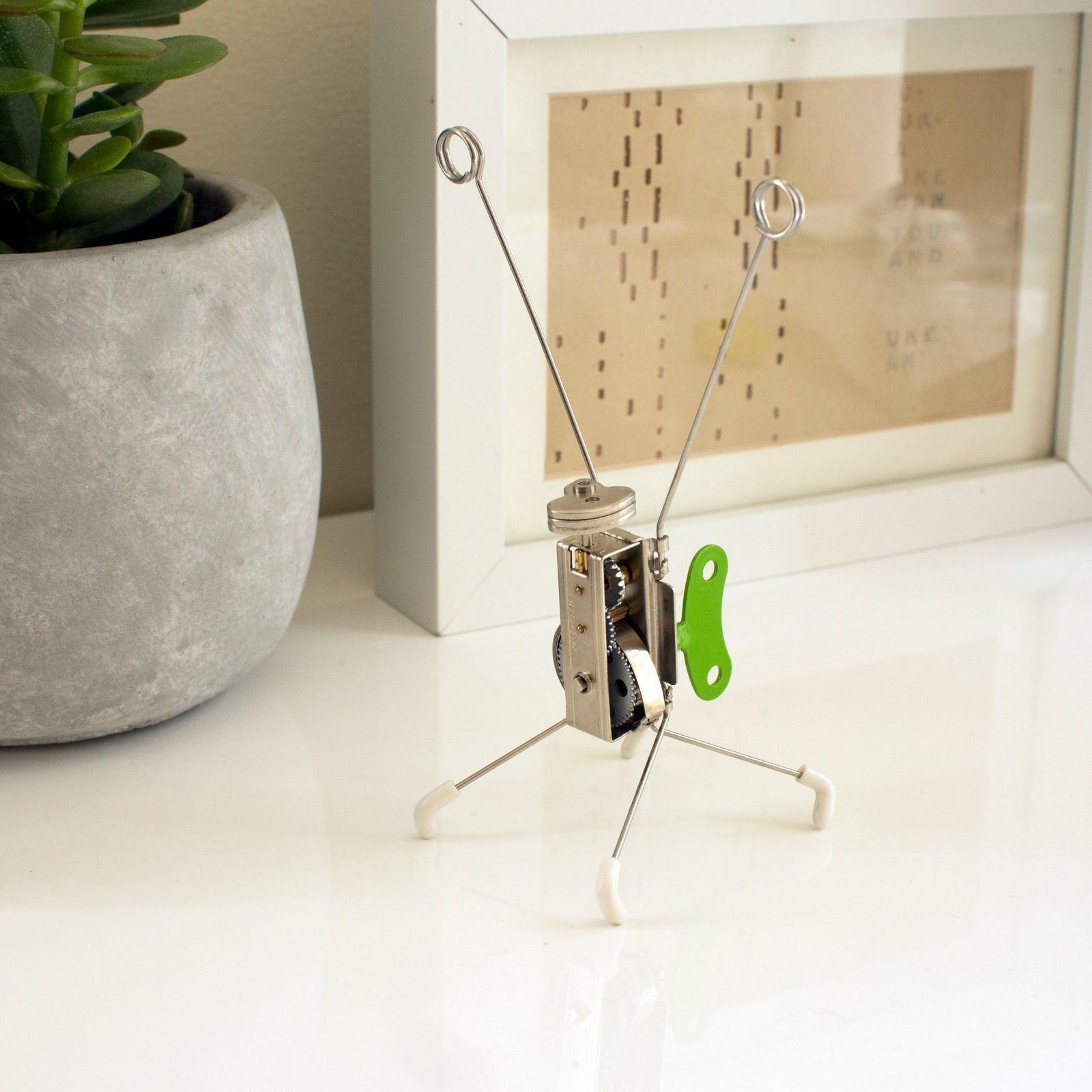 robot cranky kikkerland
